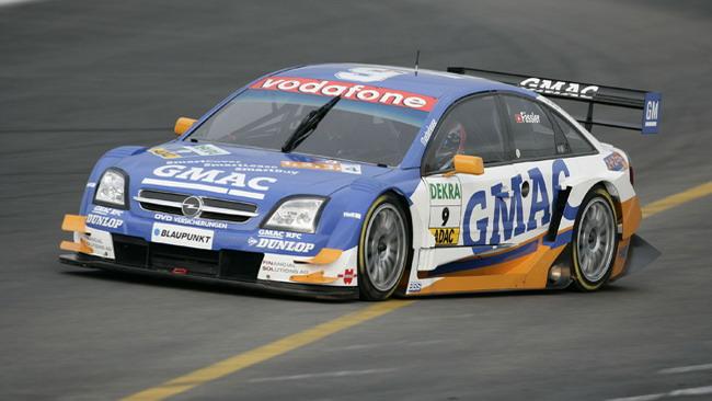 La Opel valuta il ritorno nel DTM insieme alla Williams