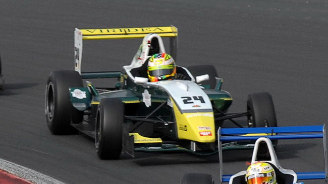 F2000 Light: pole per Turchetto a Magny-Cours