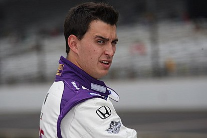 Rahal torna con il Sarah Fisher Racing in Kentucky