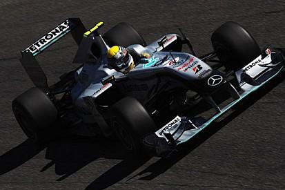 Rosberg lancia la sfida a Williams e Renault