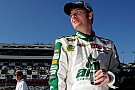 Earnhardt Jr in pole alla Daytona 500