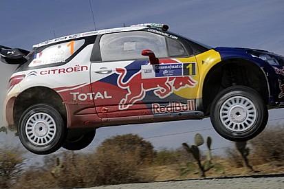 Messico, PS17: Loeb rimonta dopo una penalità