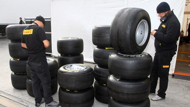 Pirelli porta le soft e le hard in Australia