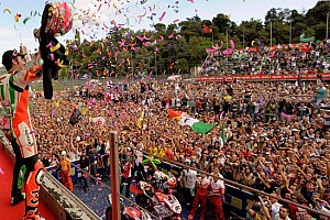 WSBK Ultime notizie Aprilia porta i suoi tifosi in tribuna a Monza