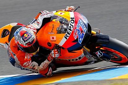 Vince Stoner, primo podio ducatista per Rossi!
