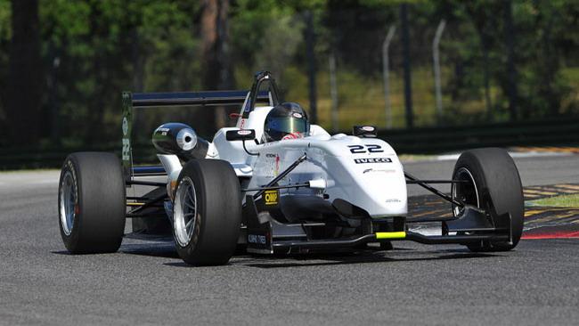 Prima vittoria per Giovesi in gara 2 ad Imola