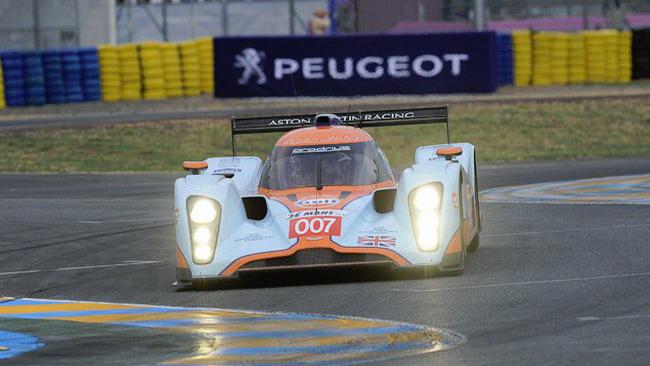 Aston Martin Racing torna alla vecchia macchina