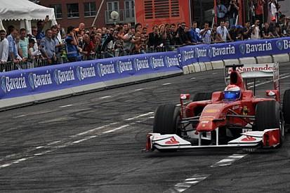 In 500 mila a Rotterdam per la Ferrari F10!