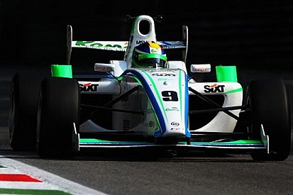 Marinescu centra la sua prima pole a Monza