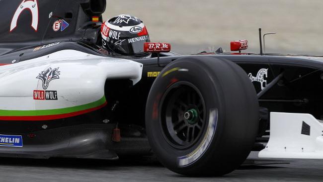 Albert Costa in pole a Barcellona