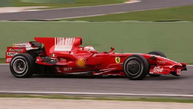Tribune aperte a Vallelunga per il test Ferrari
