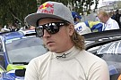 Contatto tra la Lotus Renault e Kimi Raikkonen