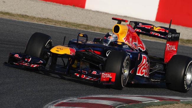 Sulla Red Bull RB8 le ali anteriori flettono  di nuovo!
