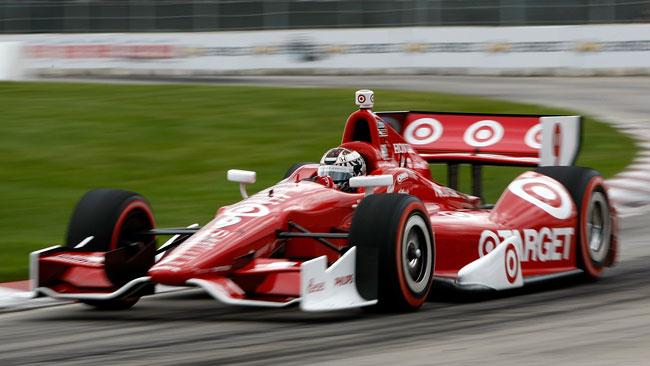 Scott Dixon domina la strana gara di Detroit