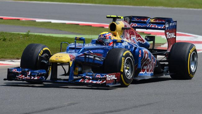 Webber beffa Alonso nel finale a Silverstone