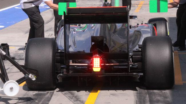 La McLaren arrotonda il diffusore posteriore