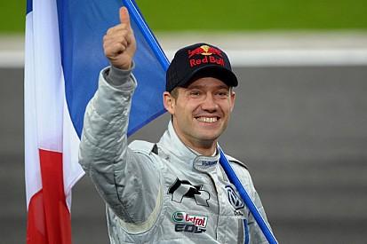 Sébastien Ogier si diverte in pista con la Scirocco