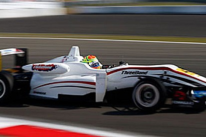 Sims trionfa in gara 2 al Nurburgring