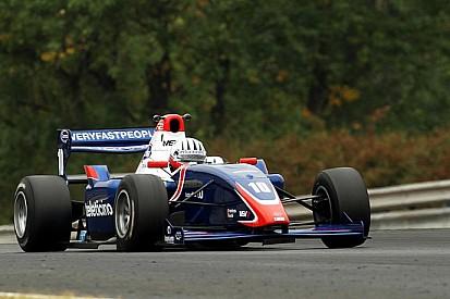 Alex Fontana alla sua prima vittoria in Formula 2