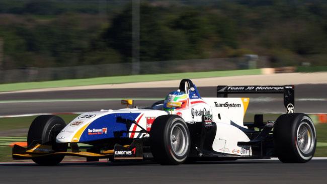 Doppia pole per Riccardo Agostini a Vallelunga
