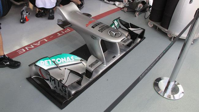 Mercedes con gli upper flap sdoppiati