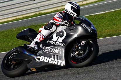 Il maltempo blocca il test team Ducati a Jerez