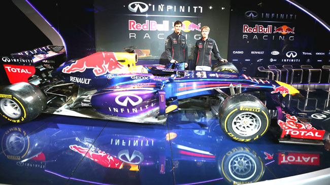 Red Bull RB9: pance strette e soffiaggio sul... fondo