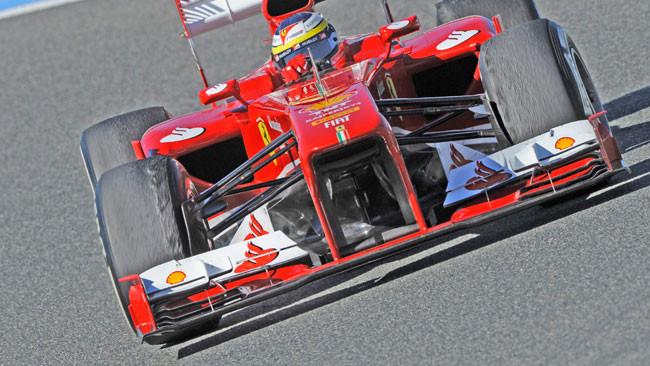 Ferrari F138: quel foro che si vede, c'è eccome!