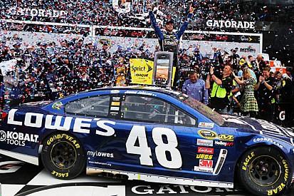 Jimmie Johnson trionfa alla Daytona 500