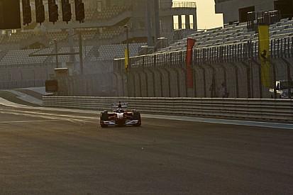 Marc Gené in pista con la Ferrari F60 ad Abu Dhabi