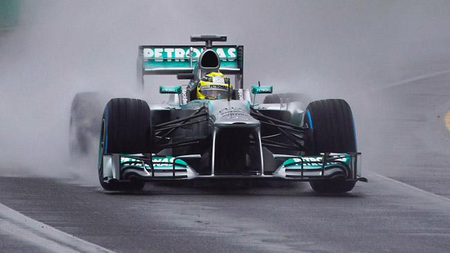 Nico Rosberg spera di trovare la pioggia a Sepang