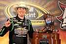 Kyle Busch dalla pole alla vittoria in Texas