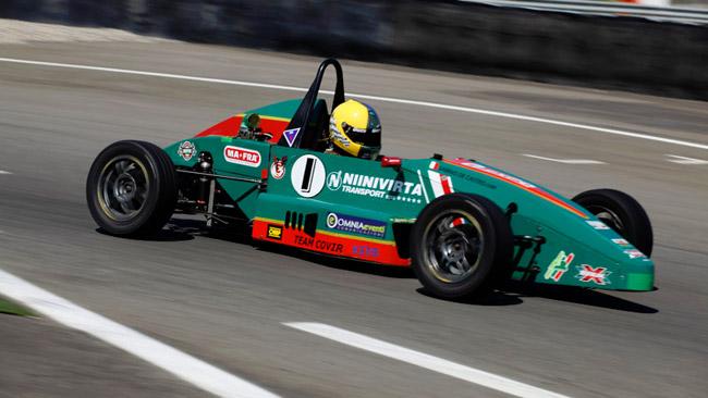 Formula Junior: De Castro riparte davanti a tutti