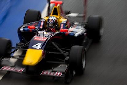 Carlos Sainz il più veloce a Silverstone
