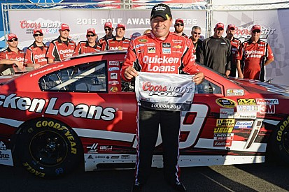 Ryan Newman centra la pole in New Hampshire