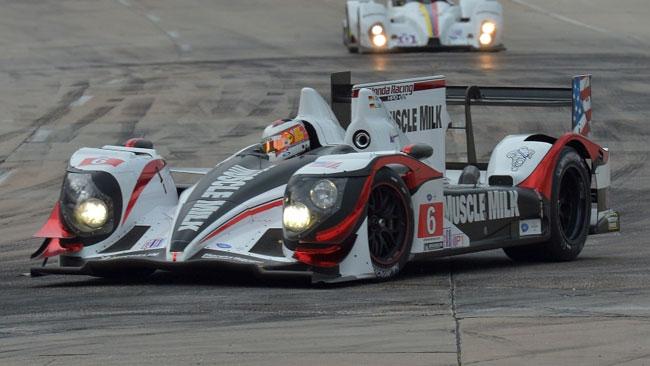 Ennesima cavalcata trionfale per la Pickett Racing