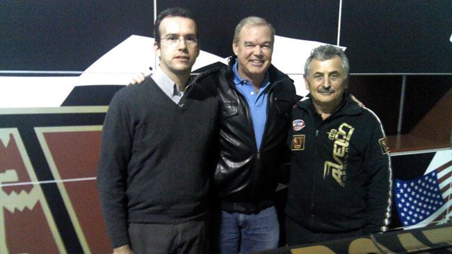 Al Unser Jr visita la sede di Wolf Racing Cars