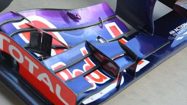 Red Bull: ci sono due derive verticali sul flap