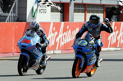 Salom e Rins out, a Motegi vince Alex Marquez