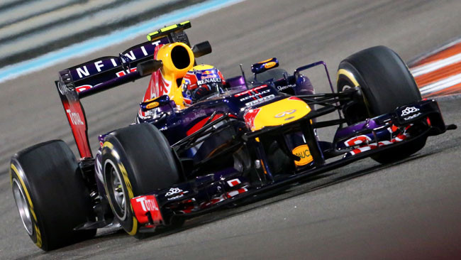 Webber in pole ad Abu Dhabi, Alonso undicesimo!