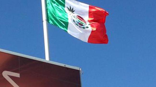 La bandiera messicana della polemica!