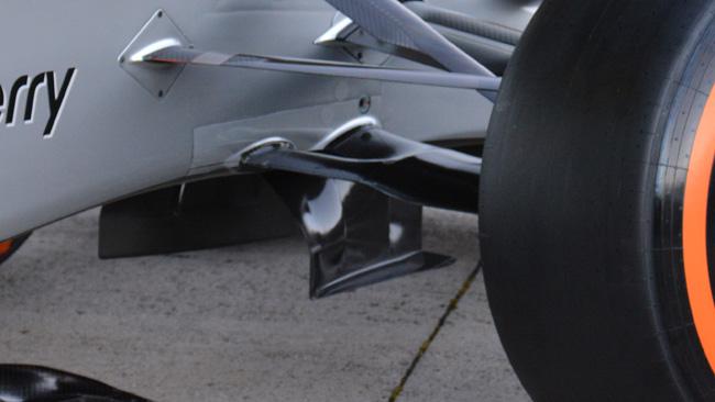 Mercedes W05: la sospensione a diapason funziona