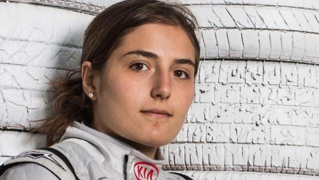 Tatiana Calderon avrà il motore Renault nel 2014