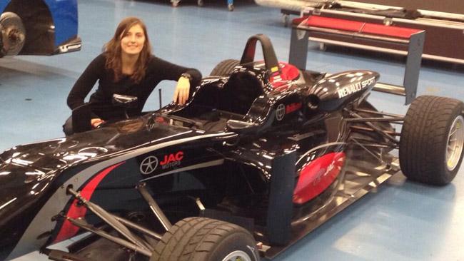 Shakedown a Nogaro per il nuovo motore Renault