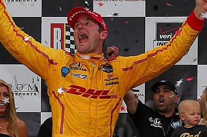 Hunter-Reay guida la doppietta Andretti al Barber