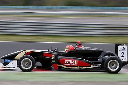 Esteban Ocon vince Gara 2 davanti a Giovinazzi
