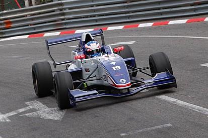 Nyck De Vries in pole position anche a Pau