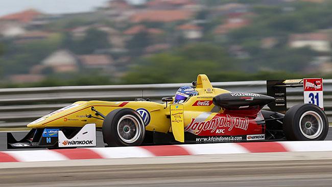 Bella vittoria di Tom Blomqvist in gara 1 a Budapest