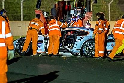 Troppi danni: si ritira l'Aston Martin Craft-Bamboo