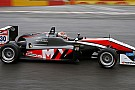 Verstappen trionfa in gara 1, primo ko per Ocon